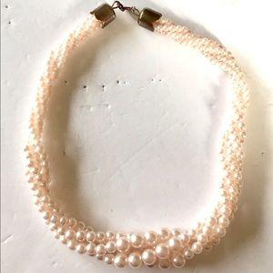 Light pink pearl necklace vintage